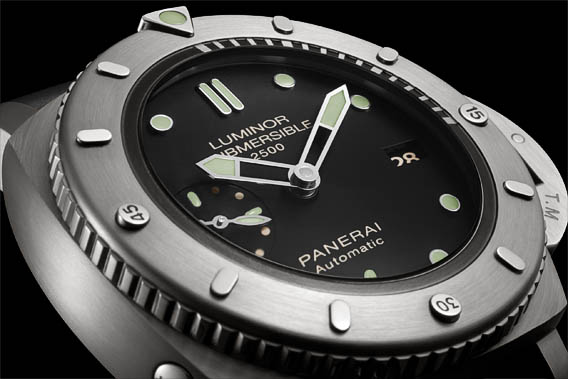 Panerai-Luminor-Submersible-1950-2500M-3-Days-Automatic-Titanio-47MM