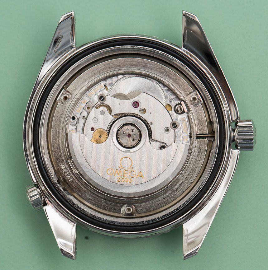 Omega-Seamaster-Watch-Movements-compared-4